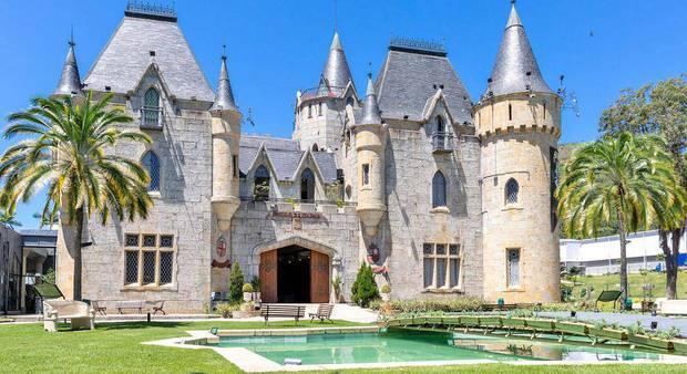 castelo-de-itaipava-001_20200310144500-4944141-9555852